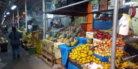 découverte des marché : plats traditionnels péruviens : découverte des marchés