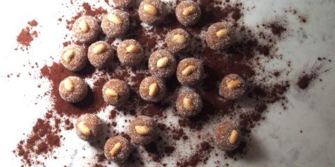 Recette de cuisine brésilienne typique : cajuzinho