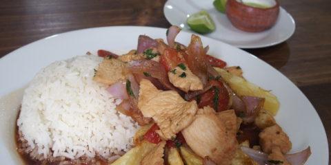 recette peruvienne typique : pollo saltado