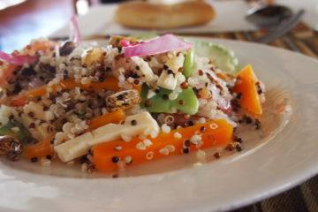 recette de cuisine du pérou typique : inka ensalada: salade de quinoa
