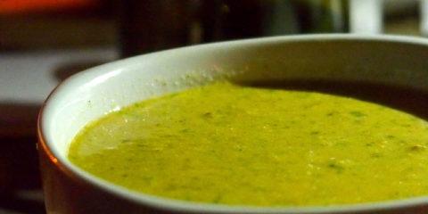 recette de cuisine d'entrée brésilienne : caldo de sururu